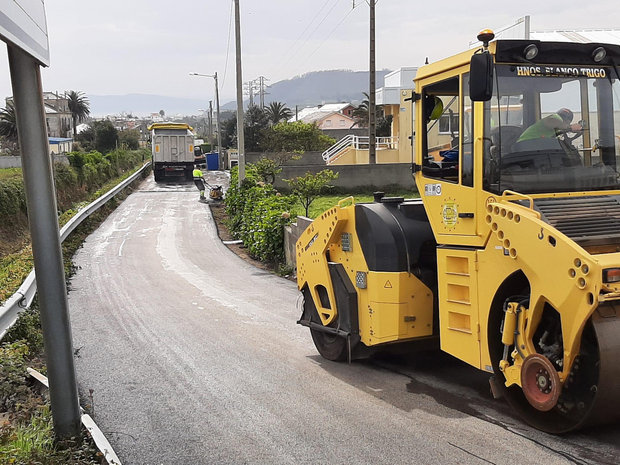 O Concello sigue mellorando os seus máis de 500 kms de pistas, con novas actuacións en Cangas, Nois, Fazouro e San Martiño