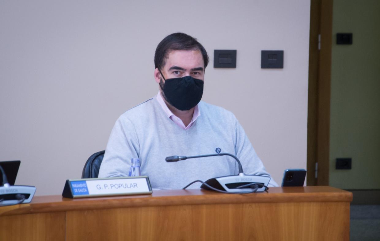 O Concello de Viveiro actúa de oficio nun edificio en mal estado en Rosalía de Castro para garantir a seguridade