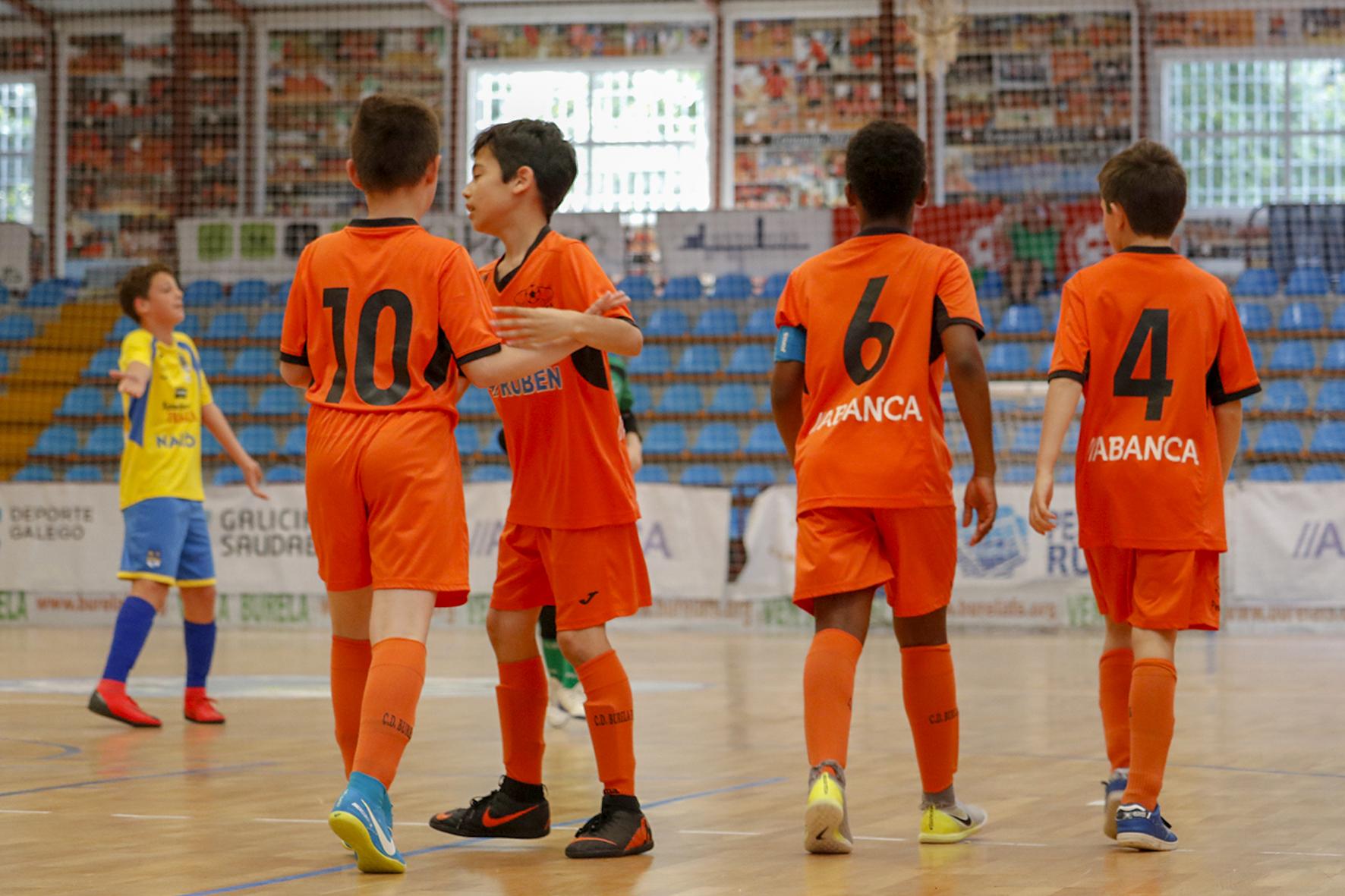 A base laranxa abre a inscrición para alevín, infantil, cadete e Galicia feminina