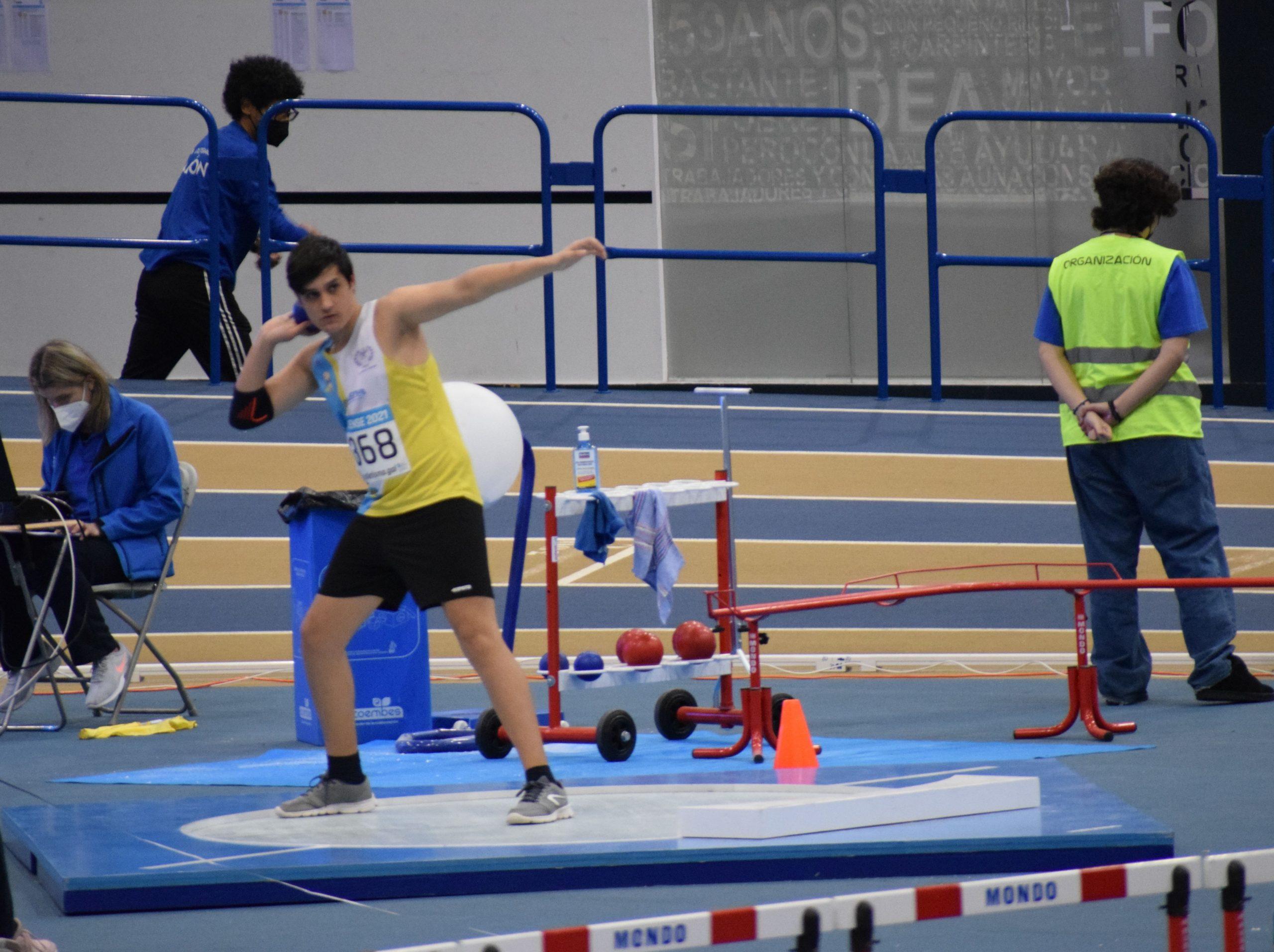 Brais Diaz Salas, campion galego sub16 de lanzamento de peso en pista cuberta