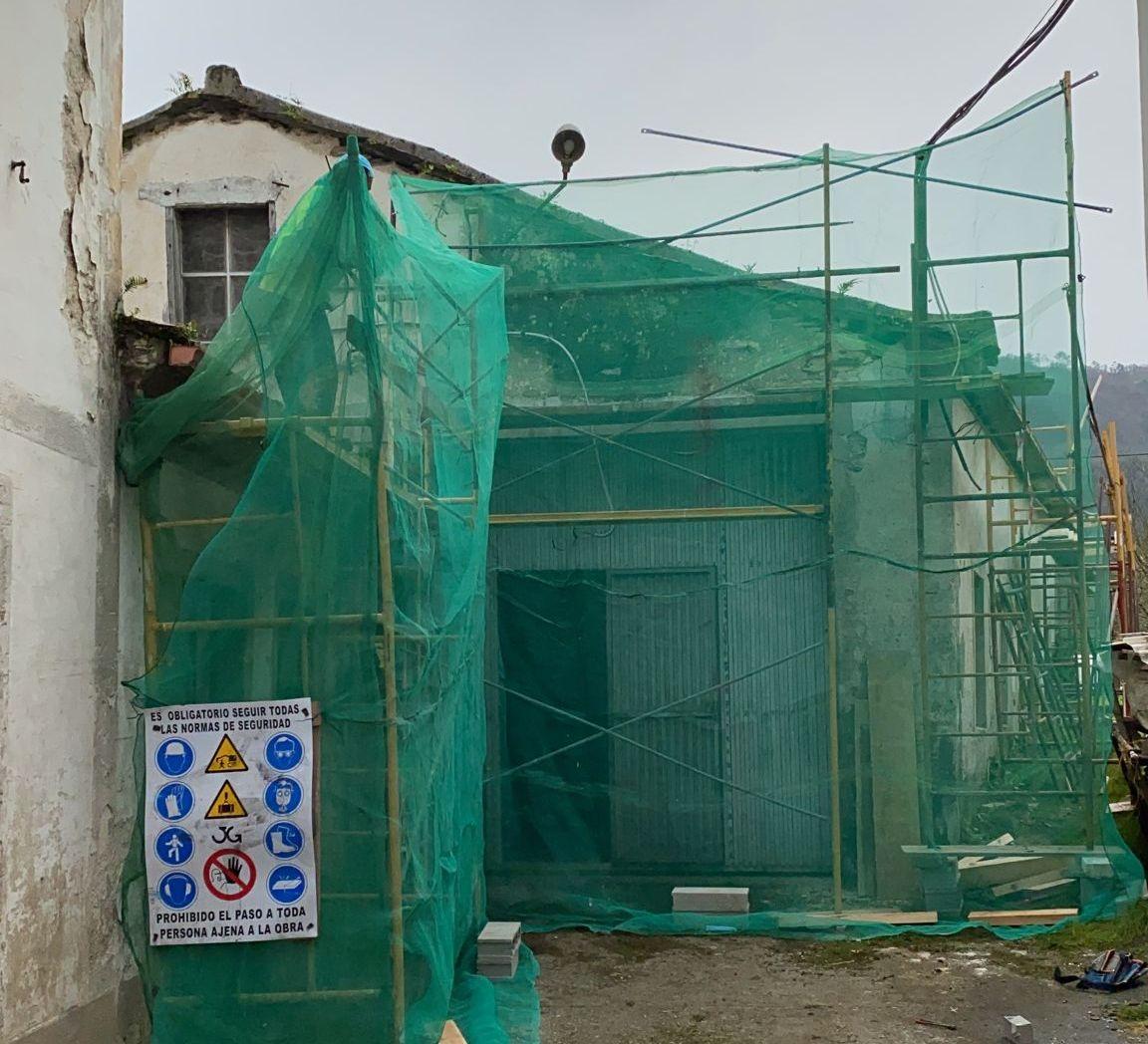 Continúan as obras de rehabilitación do barrio dos Muíños de Mondoñedo