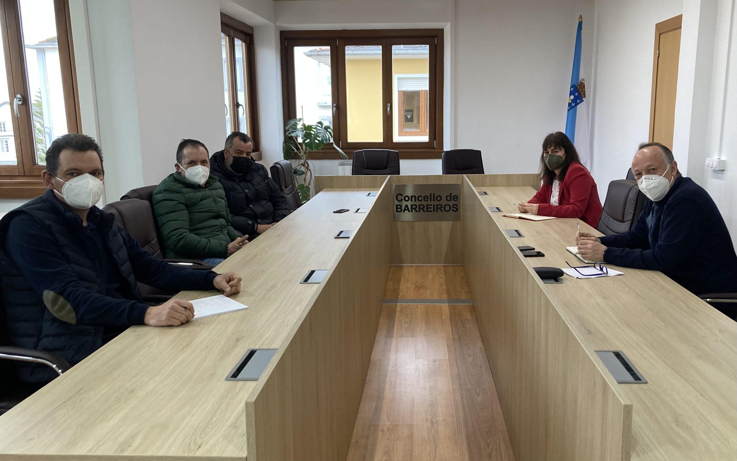 Concello de Barreiros e Asociación de madeiristas habilitarán zonas de carga para a madeira