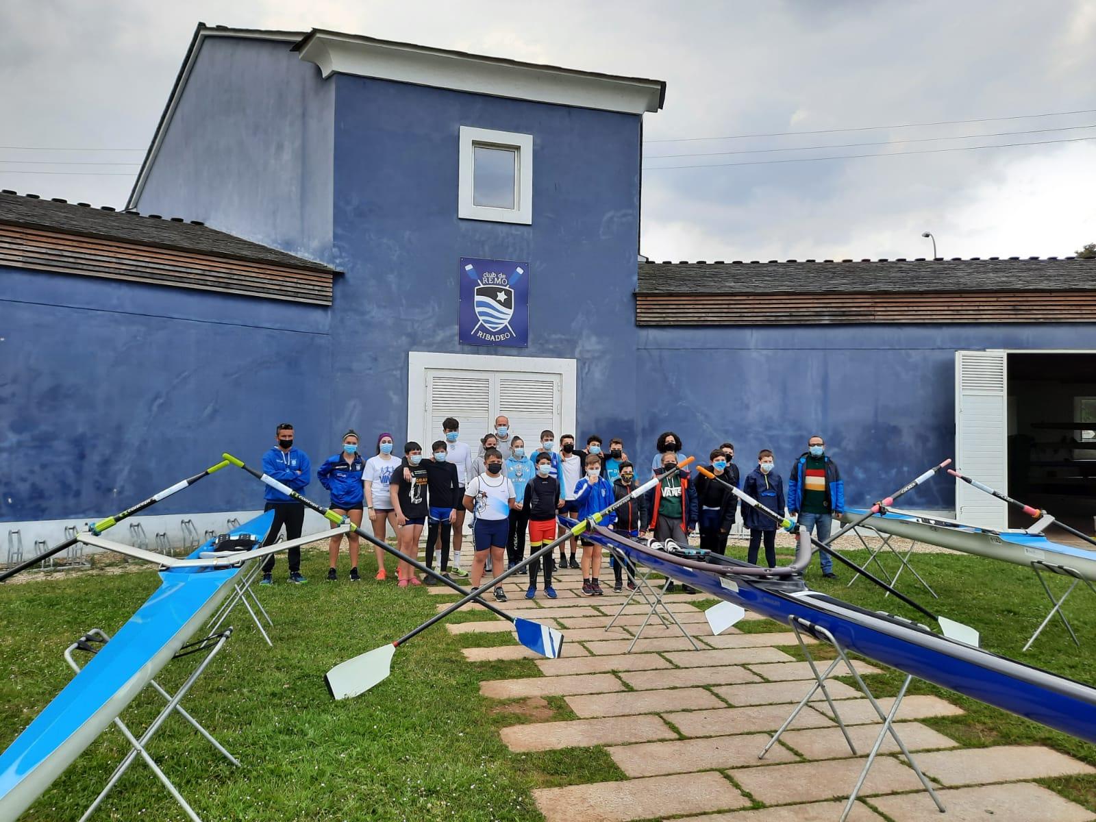 O Club de Remo de Ribadeo adquire tres novas embarcacións grazas á colaboración da Área de Deportes da Deputación