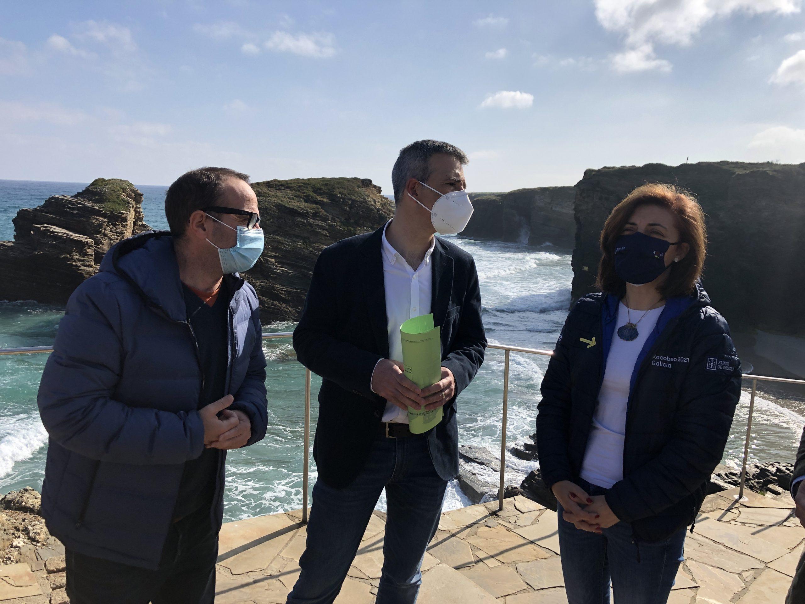 Ángeles Vázquez visitou a praia das Catedrais no último día co acceso sometido a restricións