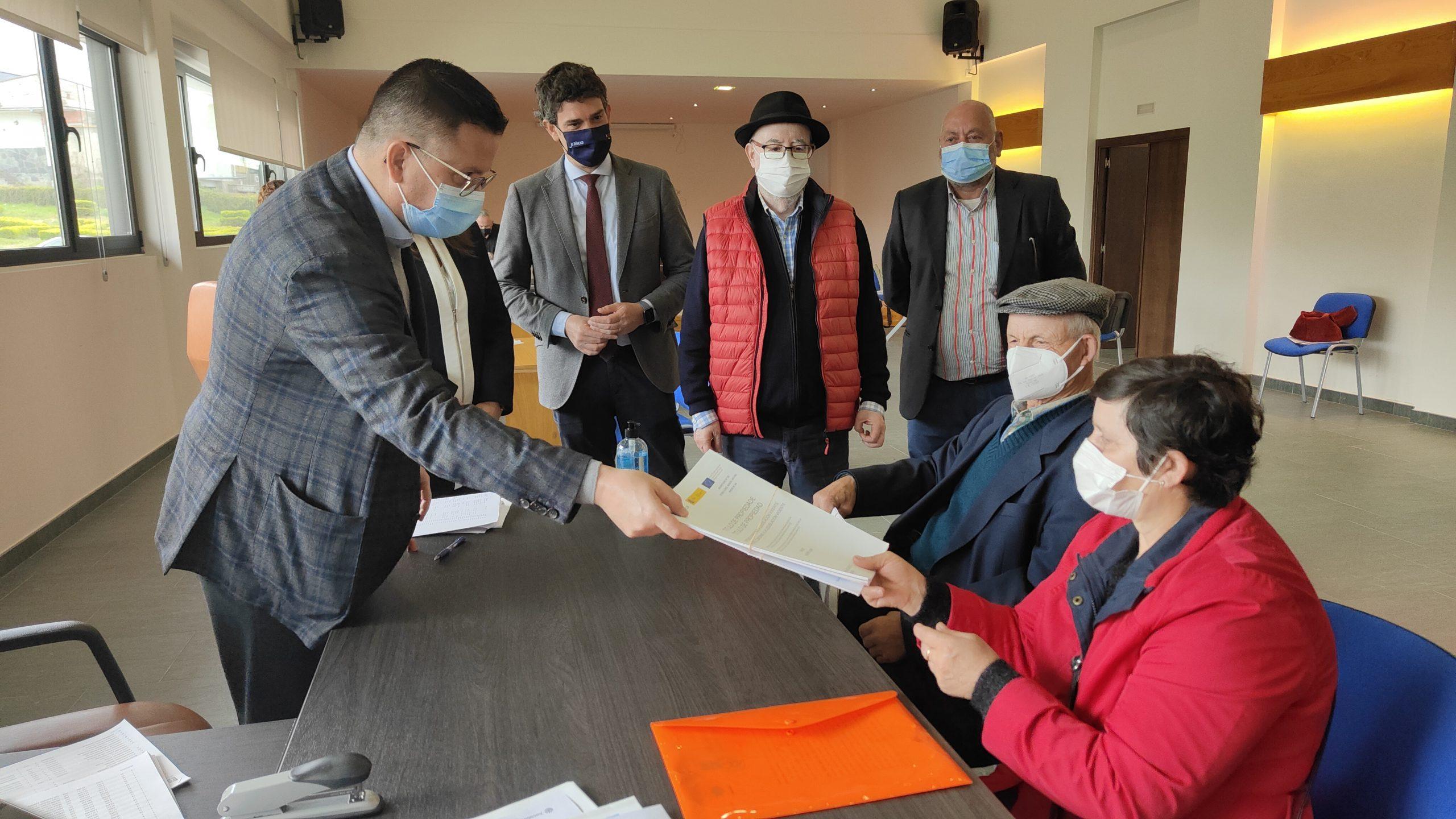 A Xunta entrega 550 títulos de propiedade da concentración parcelaria de Fanoi, dando así por rematados todos os procesos no Concello de Abadín