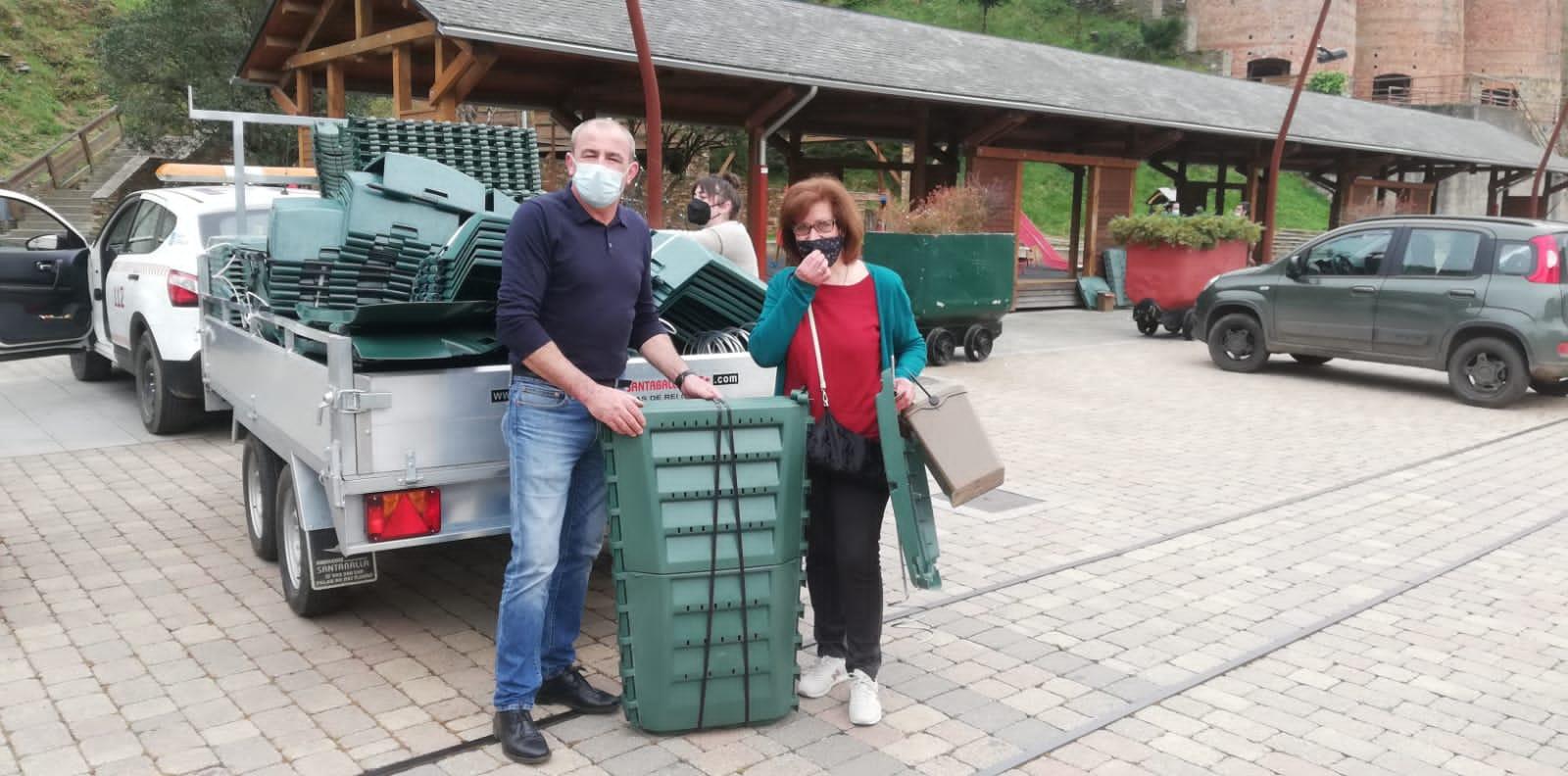 Comeza a entrega de composteiros aos veciñxs da Pontenova
