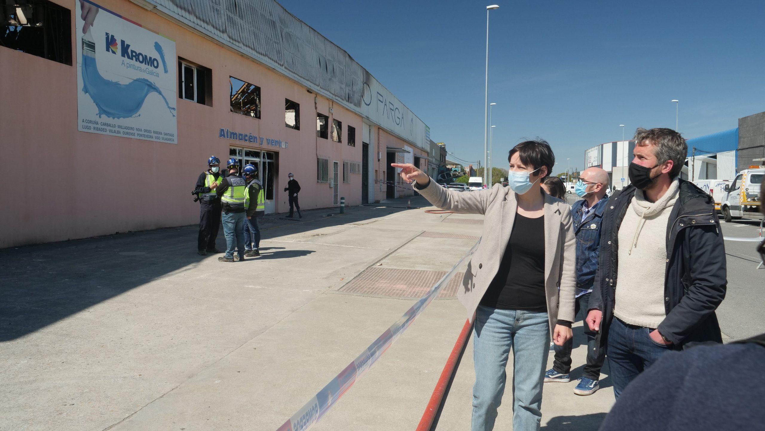 Pontón visita o Ceao e propón axudas directas ás empresas afectadas polo incendio