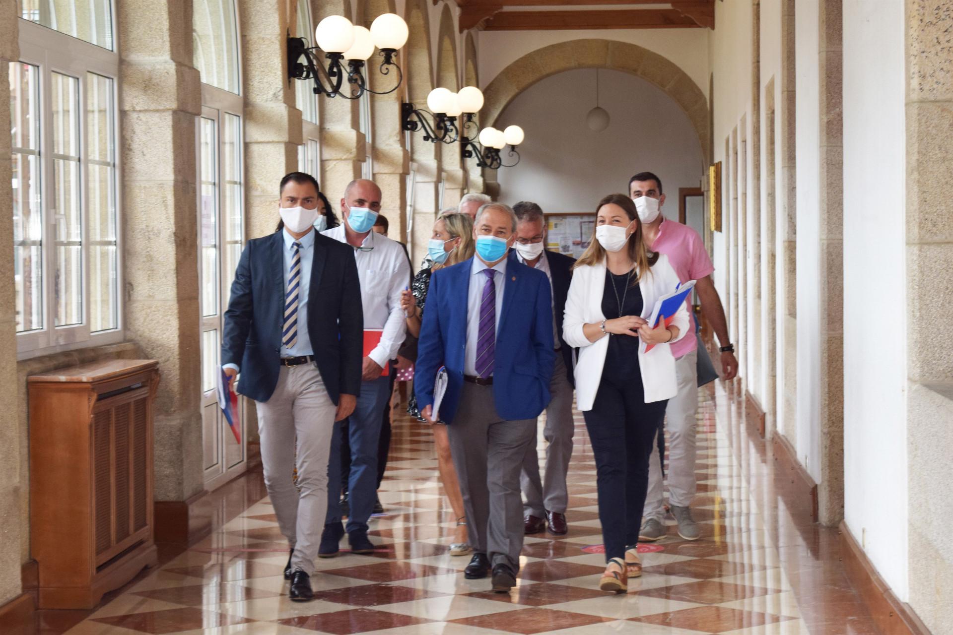 Os socialistas reclaman á Xunta que que facilite e axilice o traspaso de competencias, funcións e custes dos servizos sanitarios que prestan os concellos