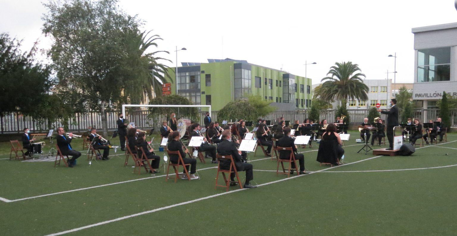 Adiado, por mor da chuvia, o concerto das Letras Galegas, que ía ofrecer este sábado a Banda de Música Municipal de Ribadeo