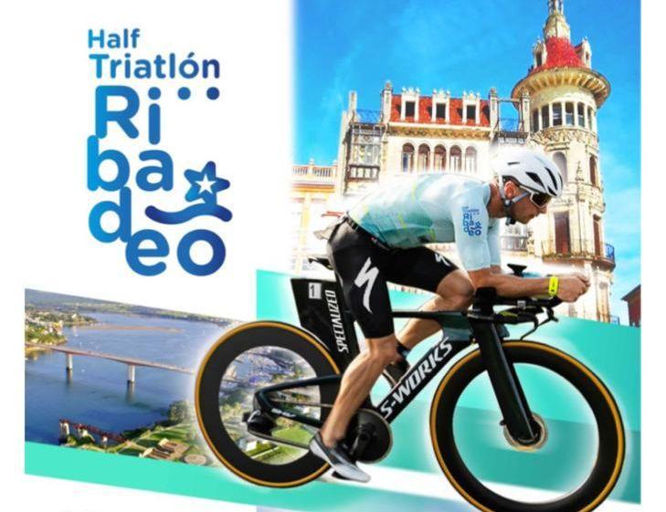 Preto de 500 participantes e máis de 100 voluntarios no I Half Triatlón Ribadeo, que se celebra este sábado