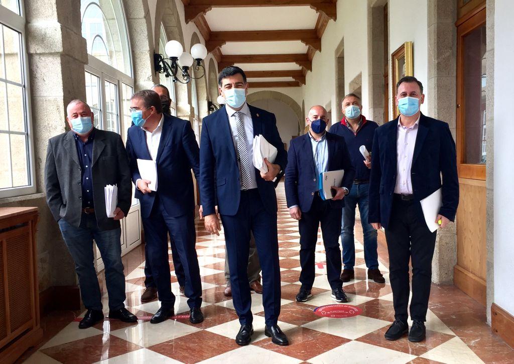 O Parlamento galego demanda a continuidade das obras de mellora de seguridade viaria na LU-162