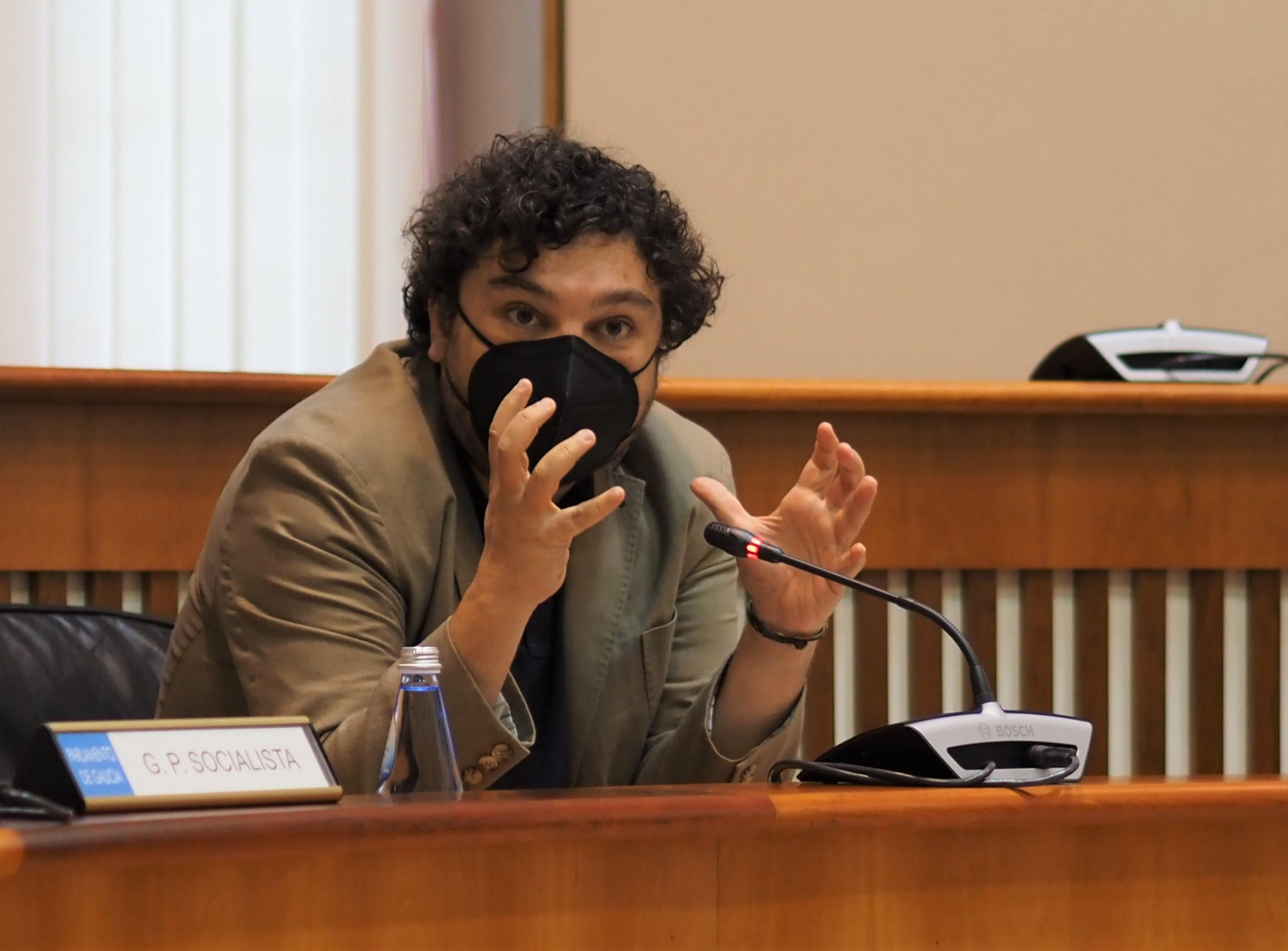 O Grupo Socialista urxe a Portos de Galicia a axilizar o cambio de titularidade dos espazos sen uso portuario a favor dos concellos