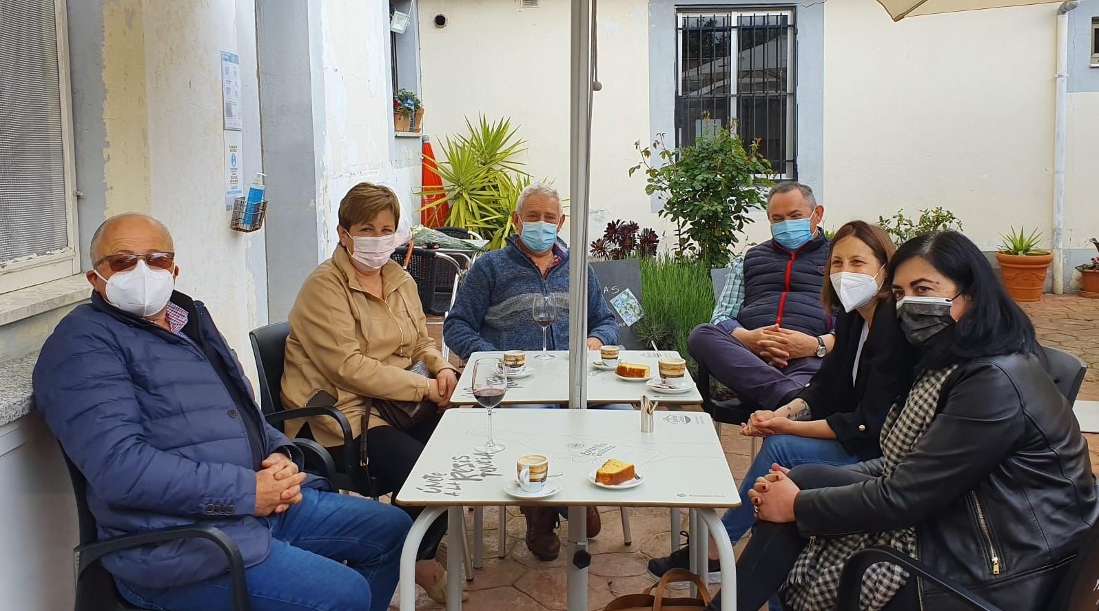 """Reunión de traballo do PP provincial no Valadouro no que destaca a importancia do traballo """"constante e responsable"""" das agrupacións locais"""
