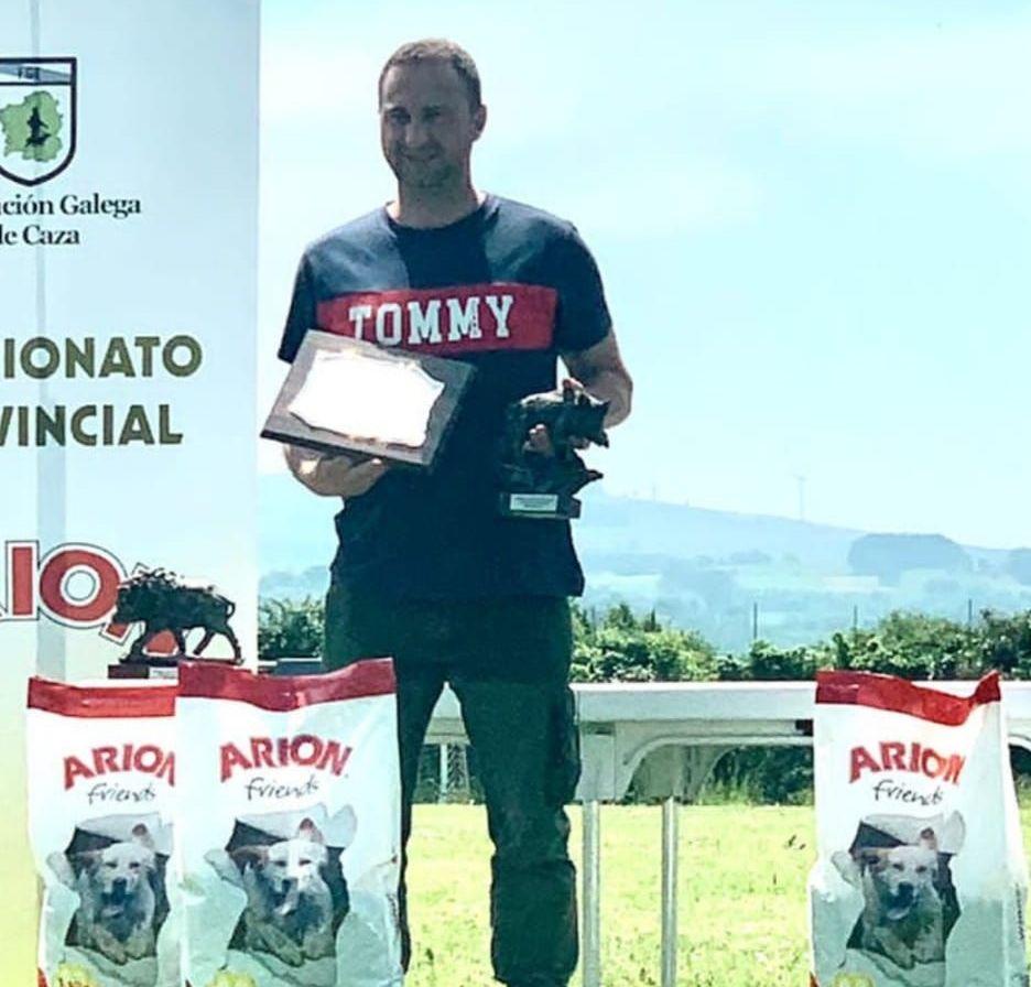 O mindoniense Martín Martínez proclámase por 3ª vez campión provincial de rastreo de xabaril con camarón