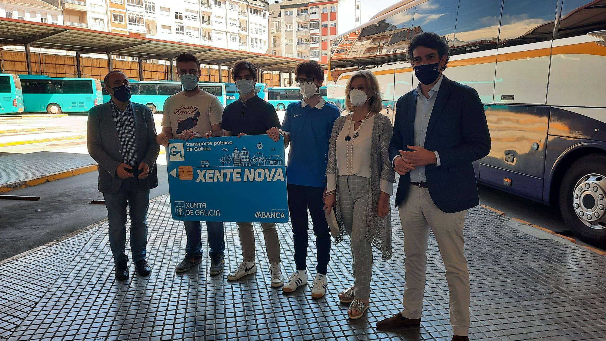 Máis de 250 lucenses menores de 21 anos adquiriron a tarxeta Xente Nova na primeira semana dende que se estendeu o seu uso a toda Galicia, coa que viaxan gratis nos autobuses da xunta