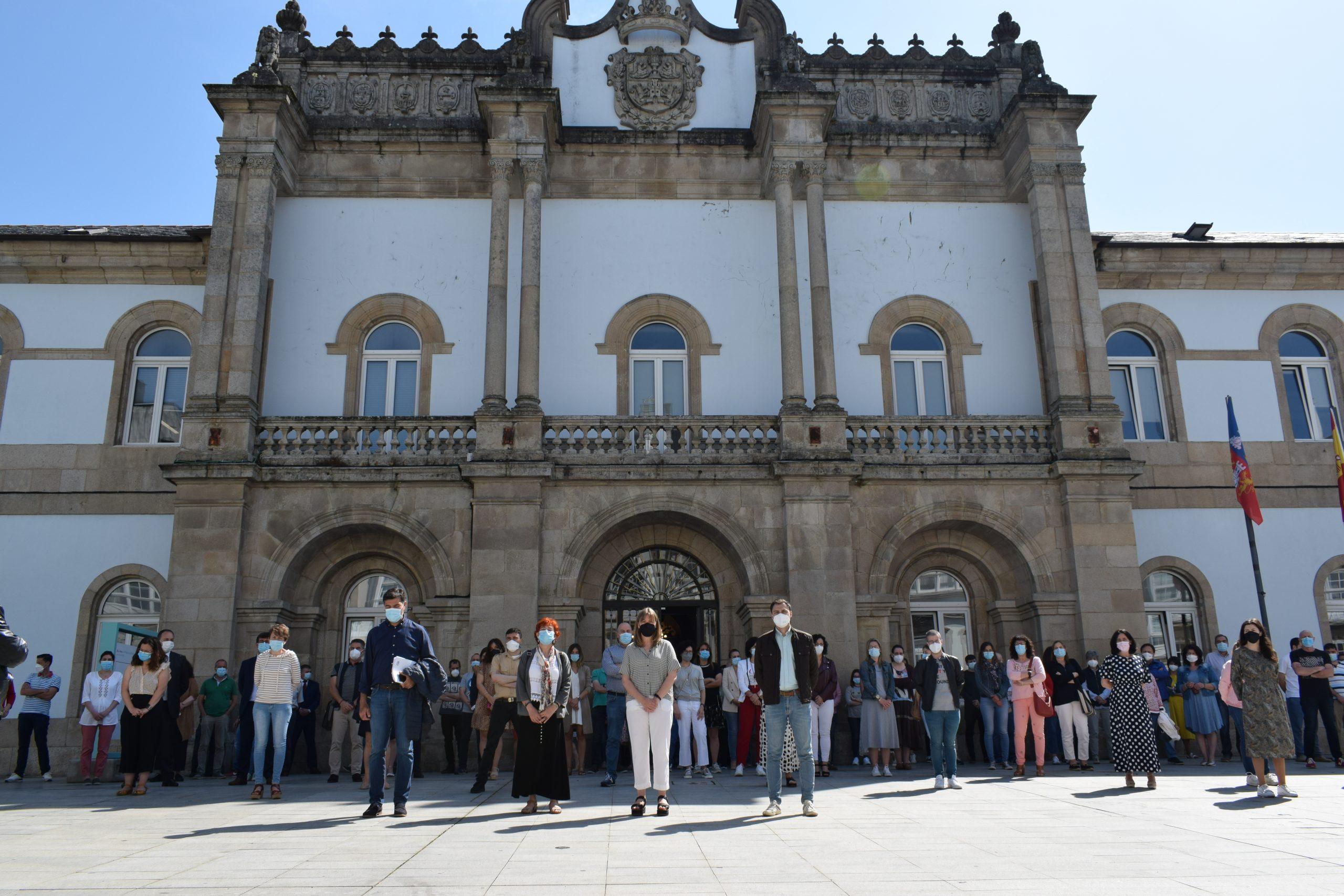 A Deputación sumouse ao minuto de silencio polos crimes machistas convocado pola FEMP