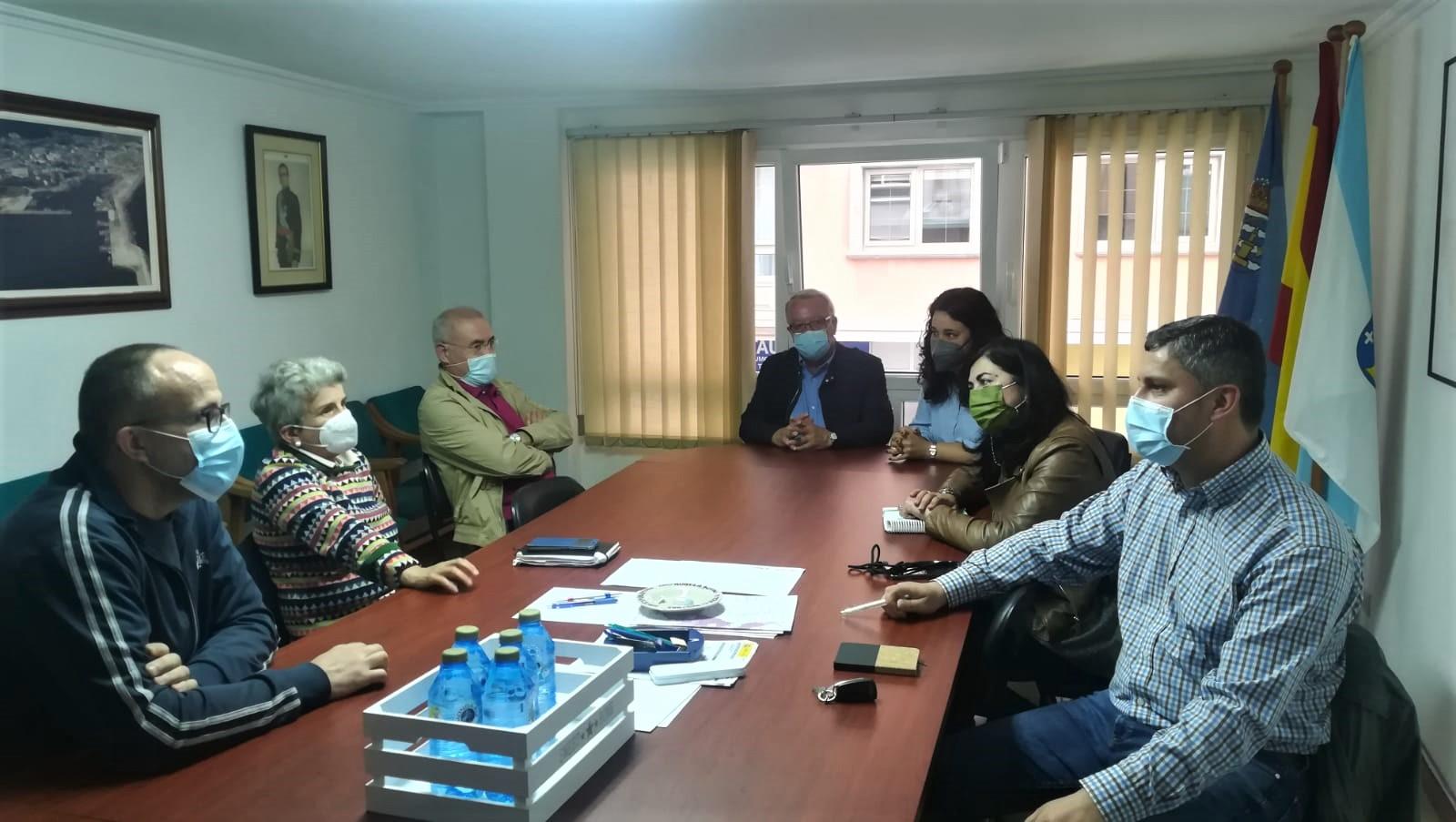 O PP de Burela reúnese coa Comunidade de Montes Veciñais e coa asociación de cazadores