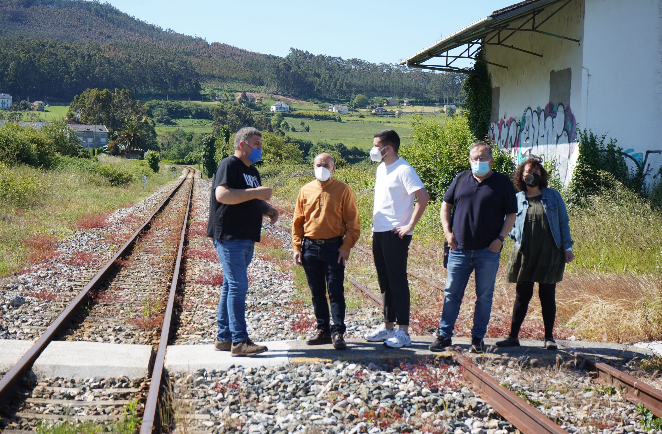 O BNG reclama ao Goberno do Estado e a ADIF a limpeza das vías ferroviarias de Foz