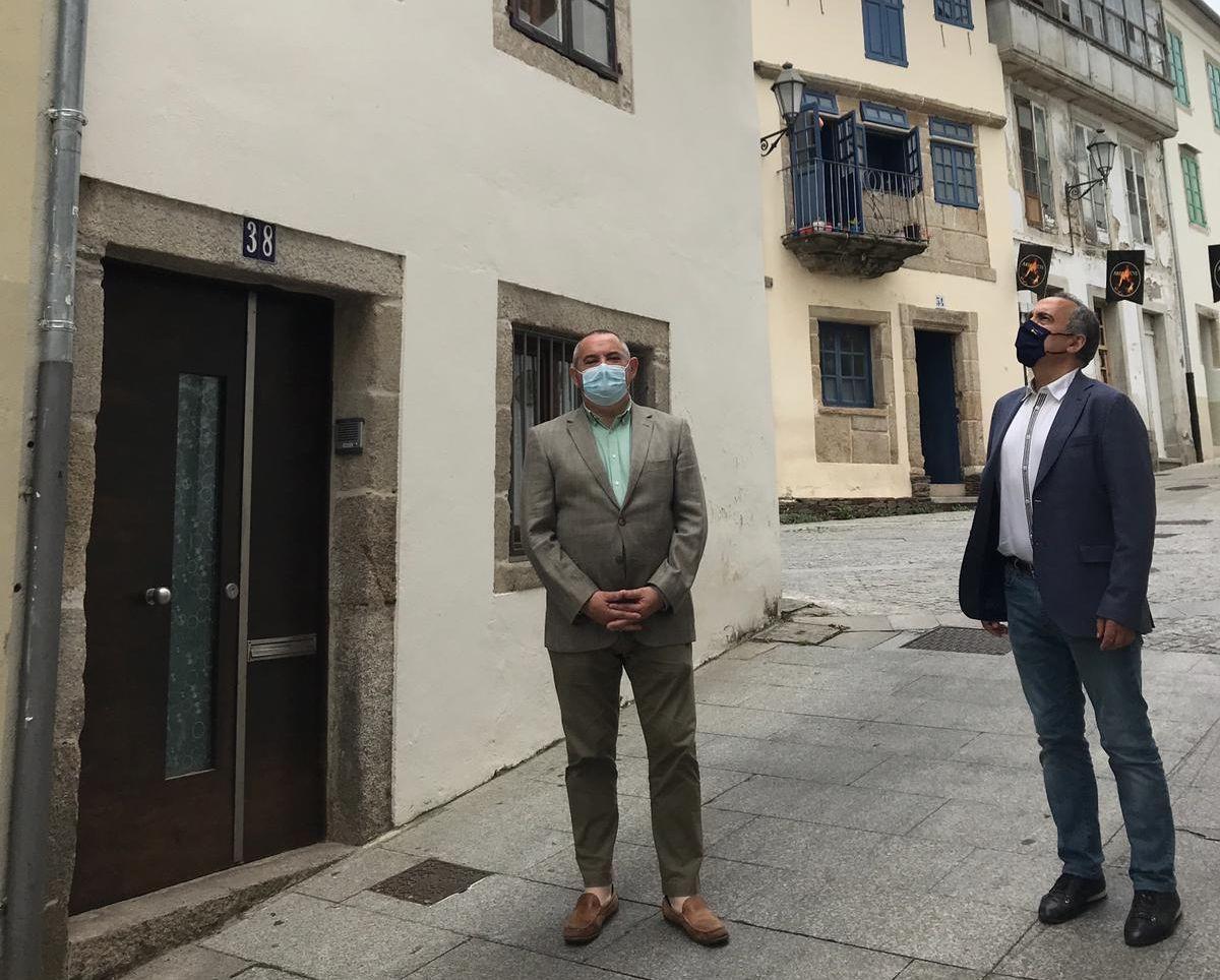 Carballo e Balseiro interésanse no Parlamento polas iniciativas de rehabilitación de vivendas lideradas pola Xunta na provincia
