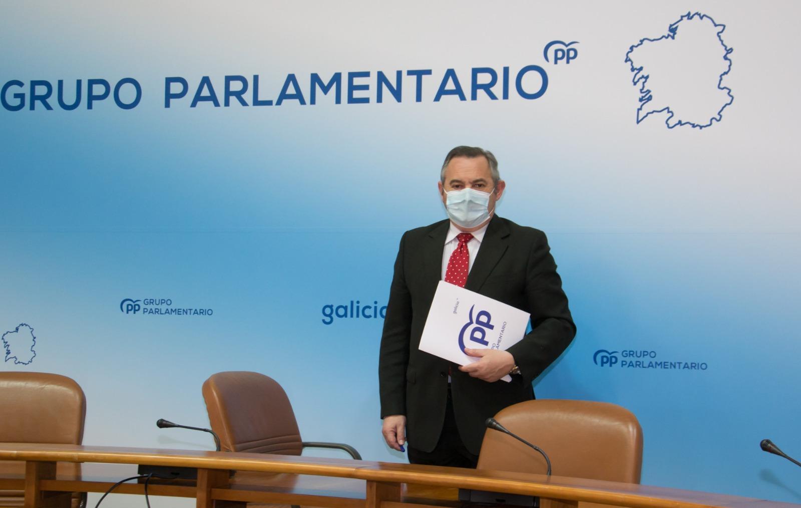 Balseiro interésase no Parlamento de Galicia polas medidas da Xunta para favorecer a empregabilidade na mocidade