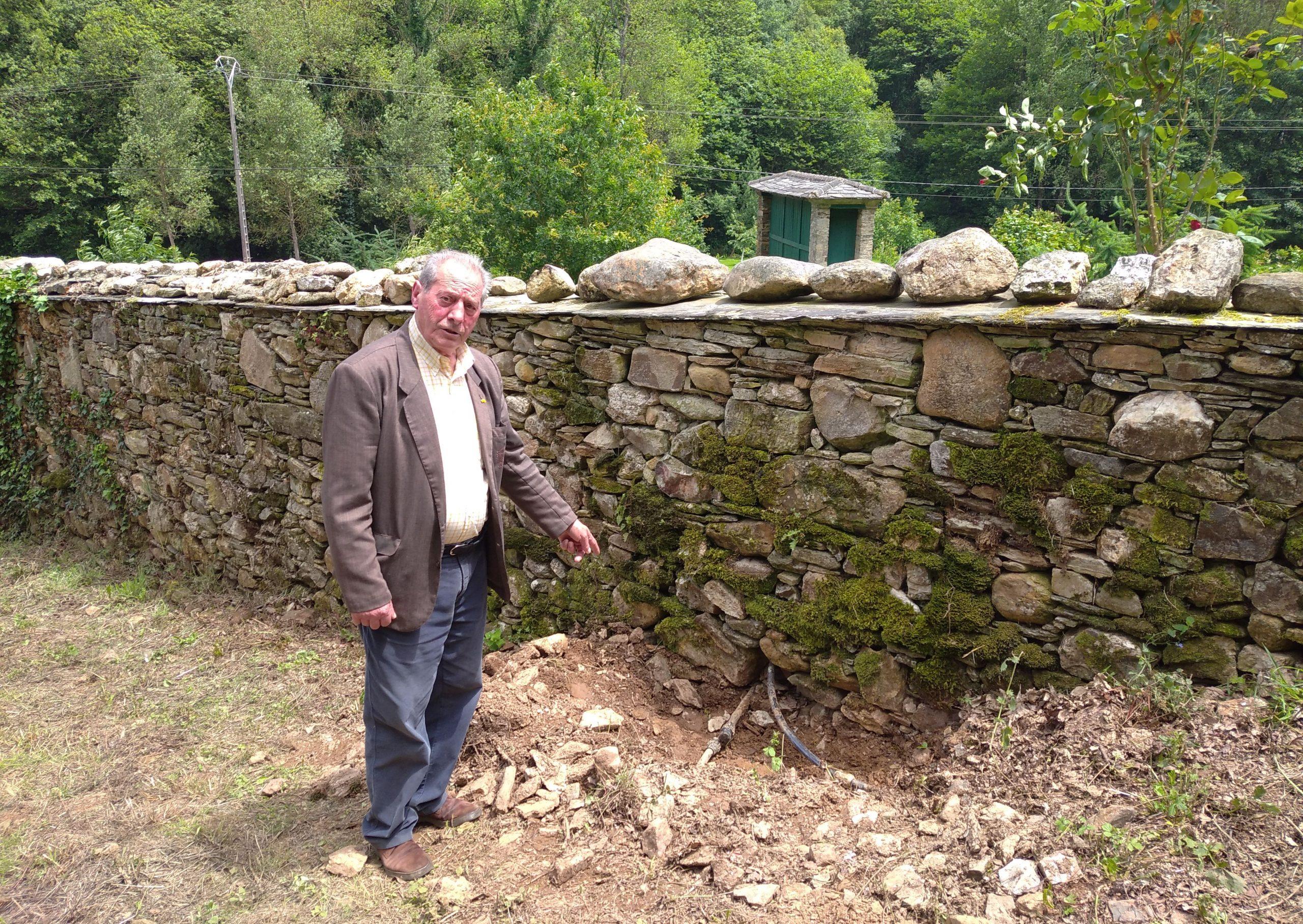 O voceiro socialista de Riotorto, José García, denuncia a persecución do Alcalde co corte da auga na súa vivenda particular