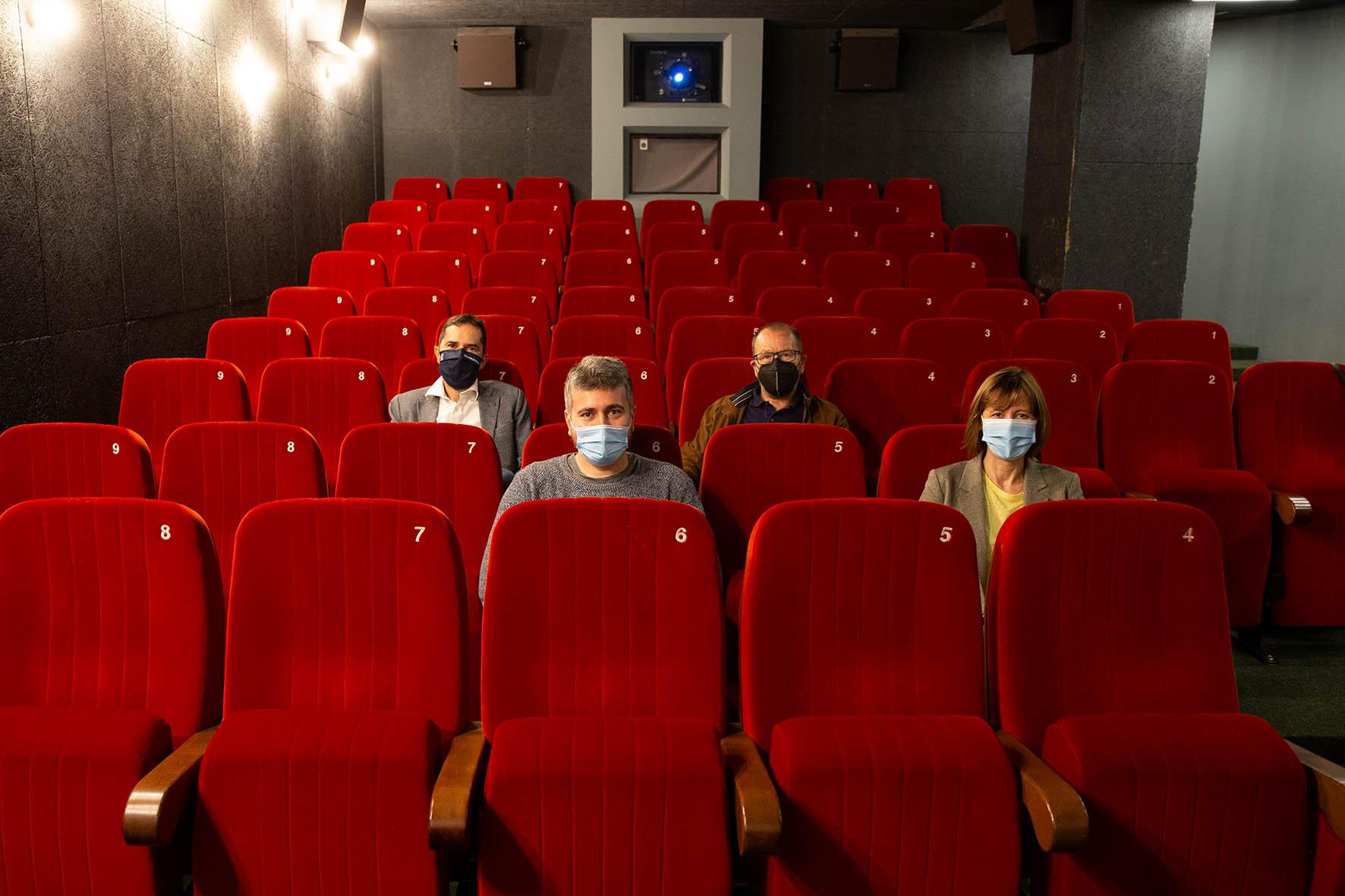 As primeiras axudas da Xunta aos cines reforzan a viabilidade de 21 salas de 13 localidades, entre elas Viveiro e Ribadeo