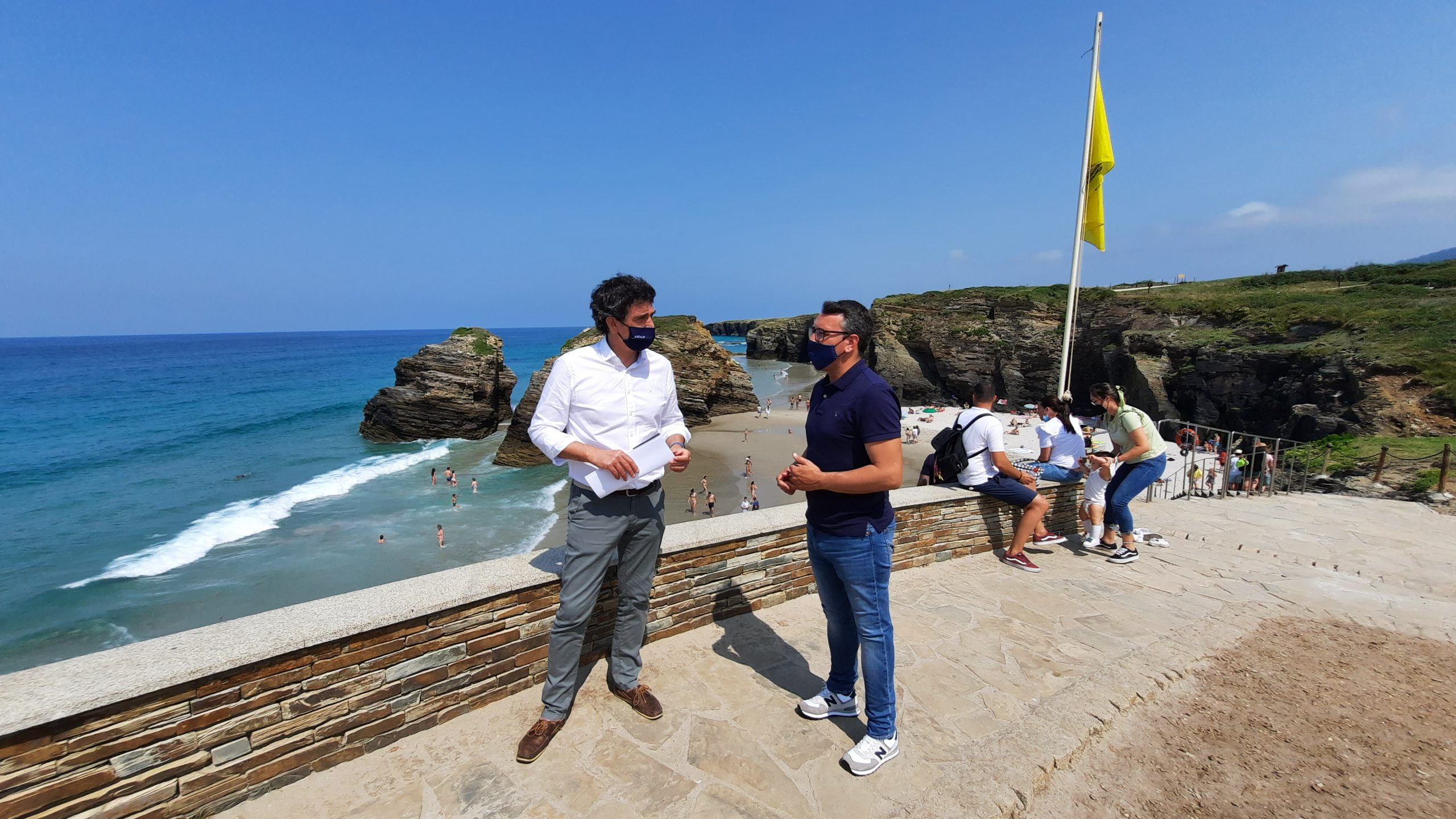 53.000 visitantes en xullo na Praia das Catedrais, un consolidado reclamo turístico para Daniel Vega