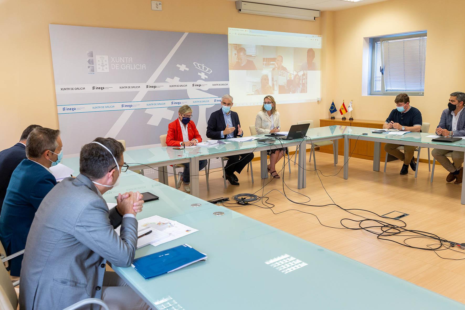 A Xunta avalía co sector pesqueiro e industrial os plans de ordenación do espazo marítimo antes de presentar ao goberno as súas alegacións sobre o desenvolvemento futuro da eólica mariña