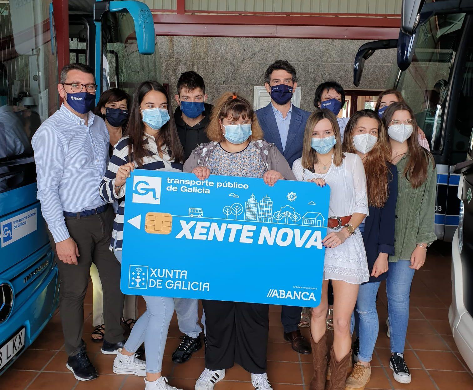 500 persoas mozas da Mariña son usuarias da tarxeta Xente Nova, coa que poden viaxar de balde por toda Galicia