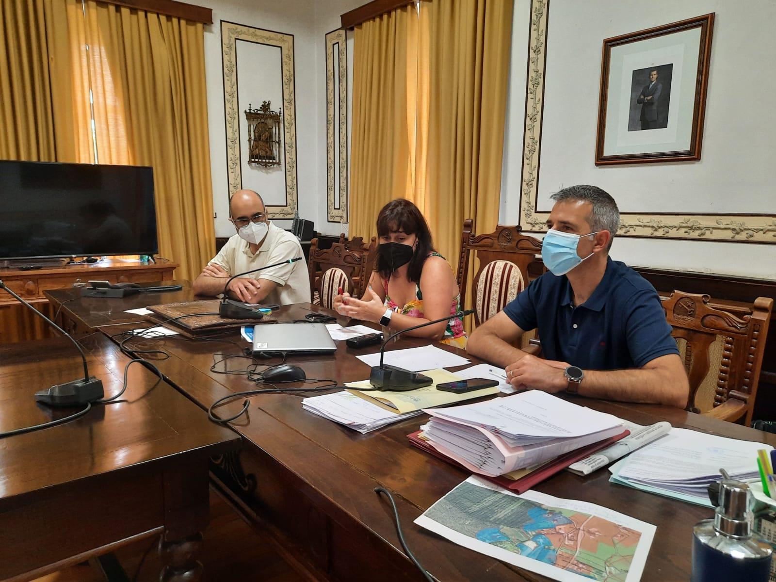 Dezaseis participantes no obradoiro de emprego Territorio Vivo de Ribadeo e Barreiros