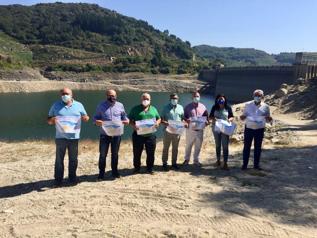 """Elena Candia: """"O presidente da Confederación Hidrográfica Miño-Sil ten  que dar explicacións sobre o alarmante baixo nivel de auga no encoro de Belesar"""""""