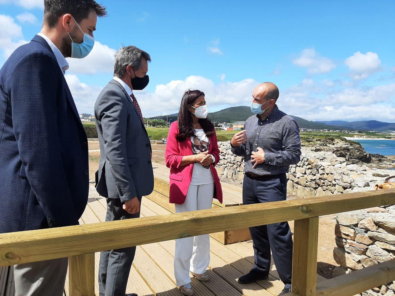 José Miñones asegura en Foz o apoio do Goberno ao aproveitamento dos recursos turísticos da Mariña