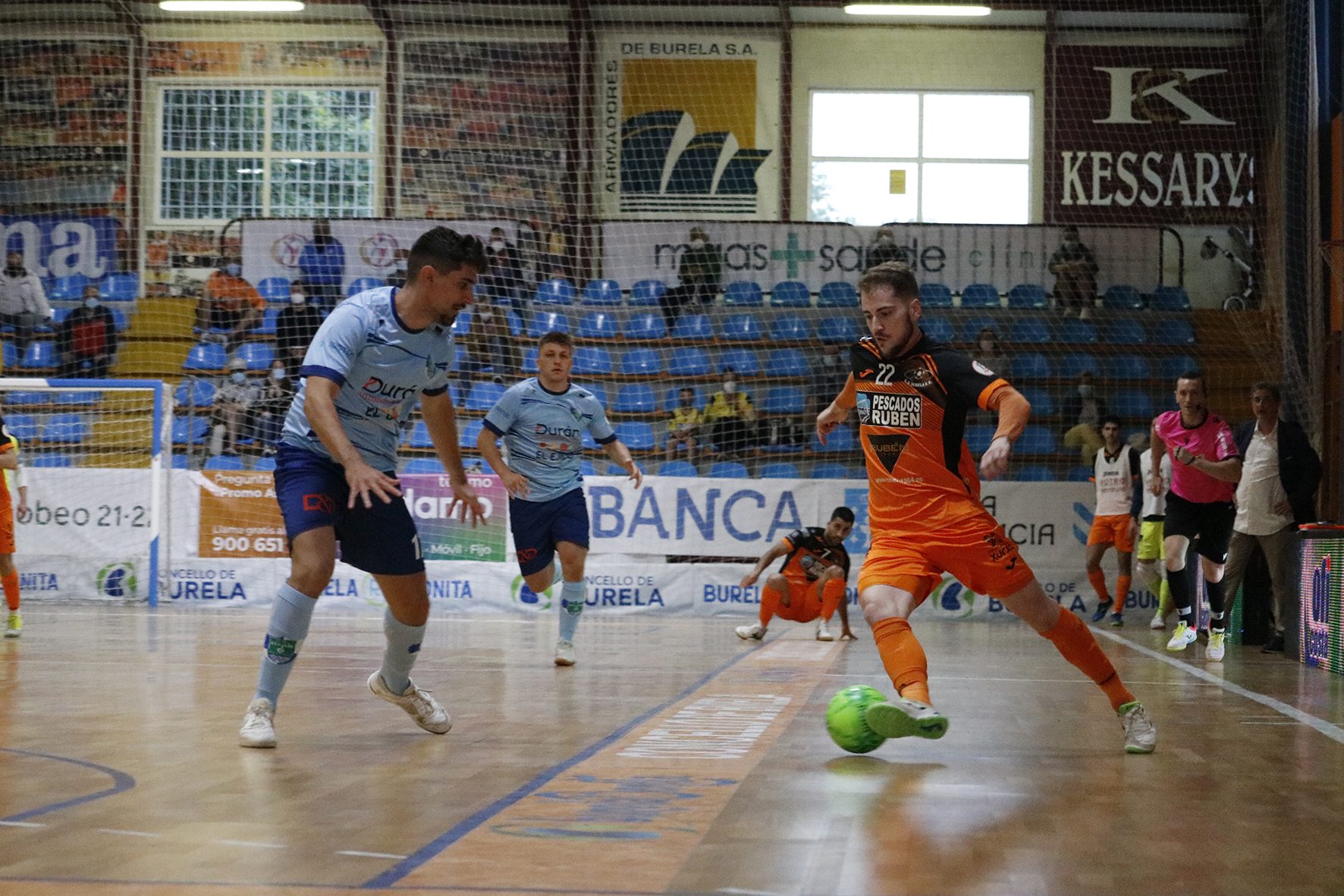 Alex Díaz seguirá ofrecendo a súa calidade en Burela