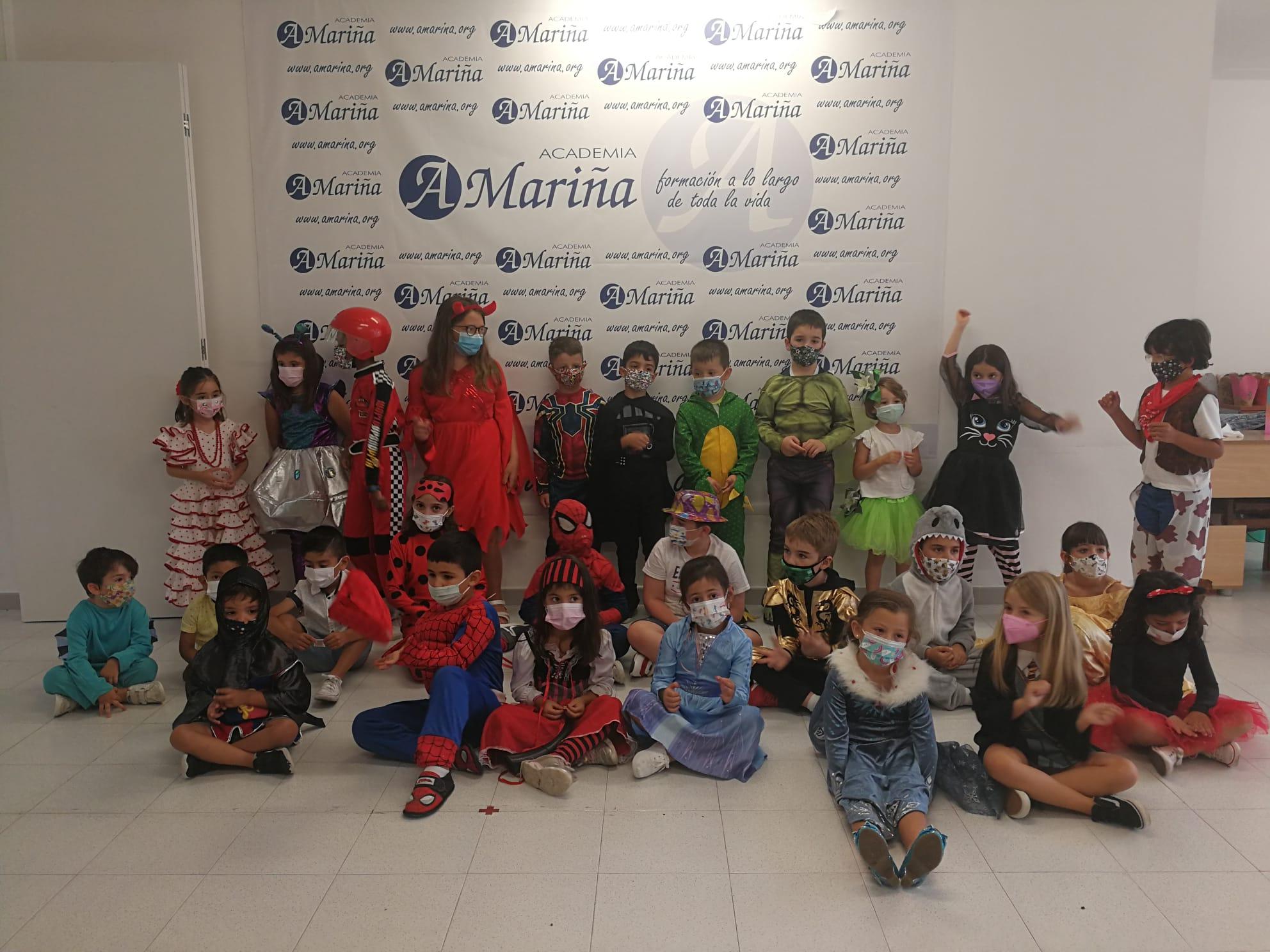 Ata o 14 de setembro pódese visitar na oficina de turismo de Ribadeo unha exposición de pirogravados de Antonio Martínez