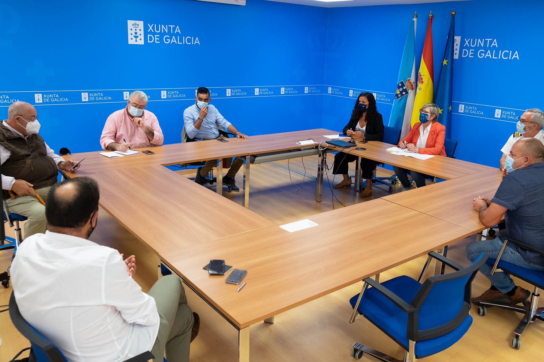 Rosa Quintana lembra que a norma de Portos de Galicia sobre a pesca deportiva autoriza e dá cobertura a unha actividade prohibida desde os anos 70