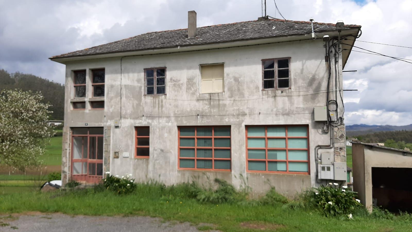 O Concello de Mondoñedo avanza na rehabilitación das antigas escolas rurais e prepara a restauración da de Vilamor