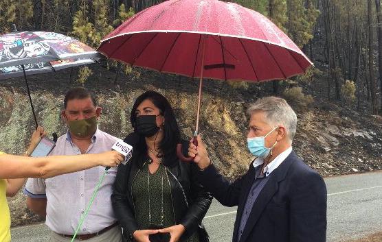 Elena Candia traslada in situ o seu apoio e solidariedade ante os incendios do sur da provincia