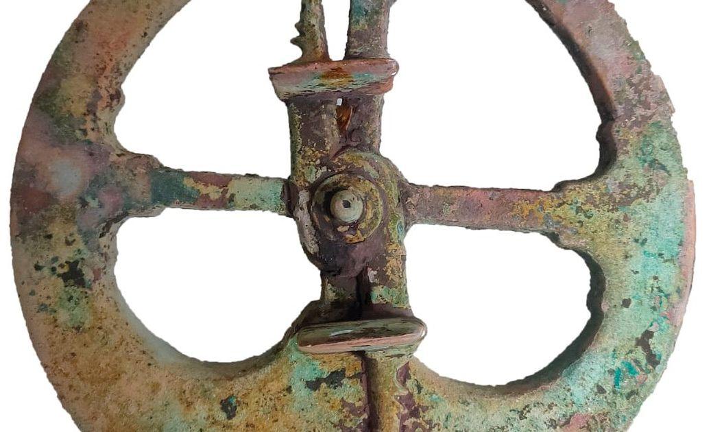 O Concello traballa desde o descubrimento do astrolabio, en contacto permanente cos arqueólogos, para que o instrumento astronómico se manteña en Viveiro