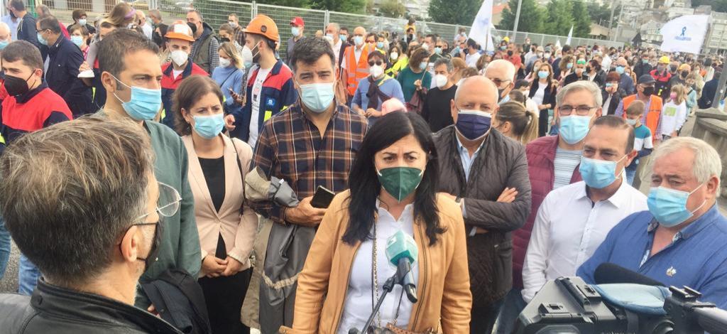 Unha ampla representación do PP participou en Viveiro na marcha polo futuro de A Mariña