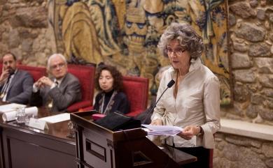 Na entrega do Premio José Luis Alvite, Román Rodríguez sitúa a Marina Mayoral como un referente que segue inspirando novos talentos