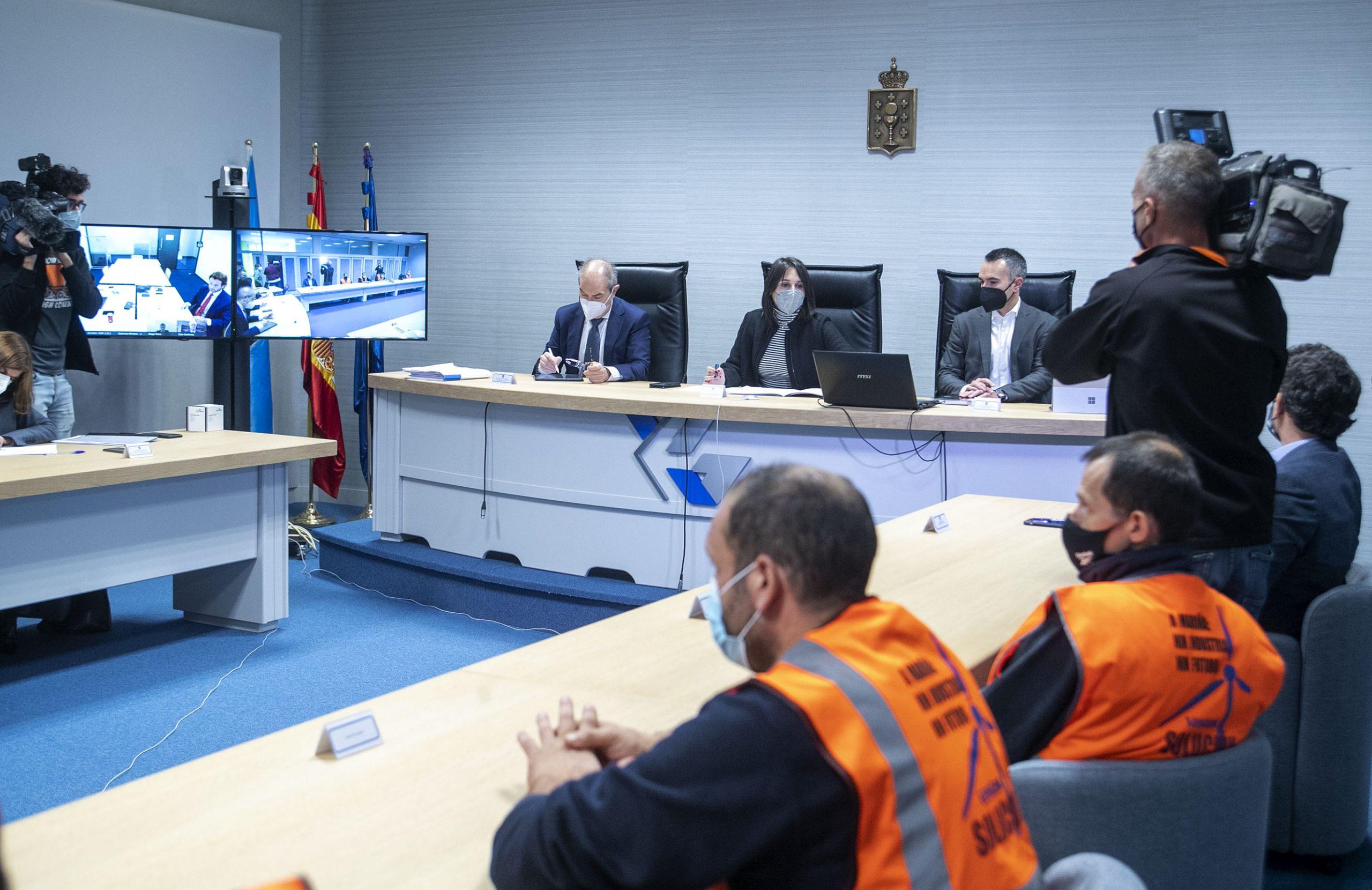 A Xunta iniciou contactos con empresas para buscar posible comprador para a fábrica de Viveiro, pero dubida das intencións reais de Vestas