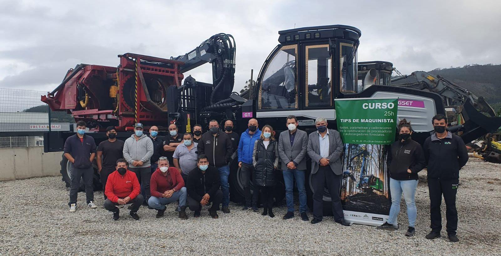 O director da Axencia Galega da Industria Forestal, Ignacio Lema, asistiu en Barreiros a unha acción formativa organizada por Lugo Madera e que conta co apoio do Goberno galego