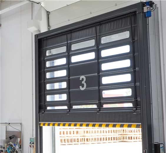 Características de las puertas rápidas apilables