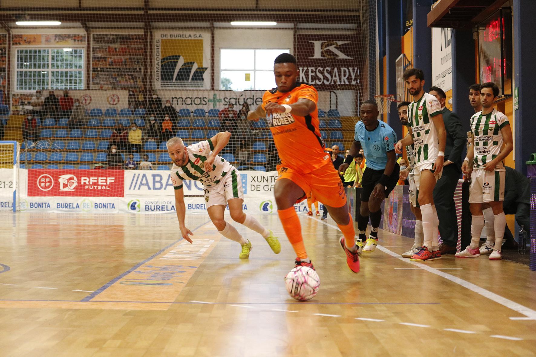 Frouxo partido do Pescados Rubén, 1-4 fronte ao Córdoba Futsal